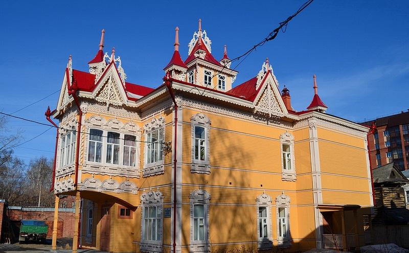 Дом с жар-птицами в Томске