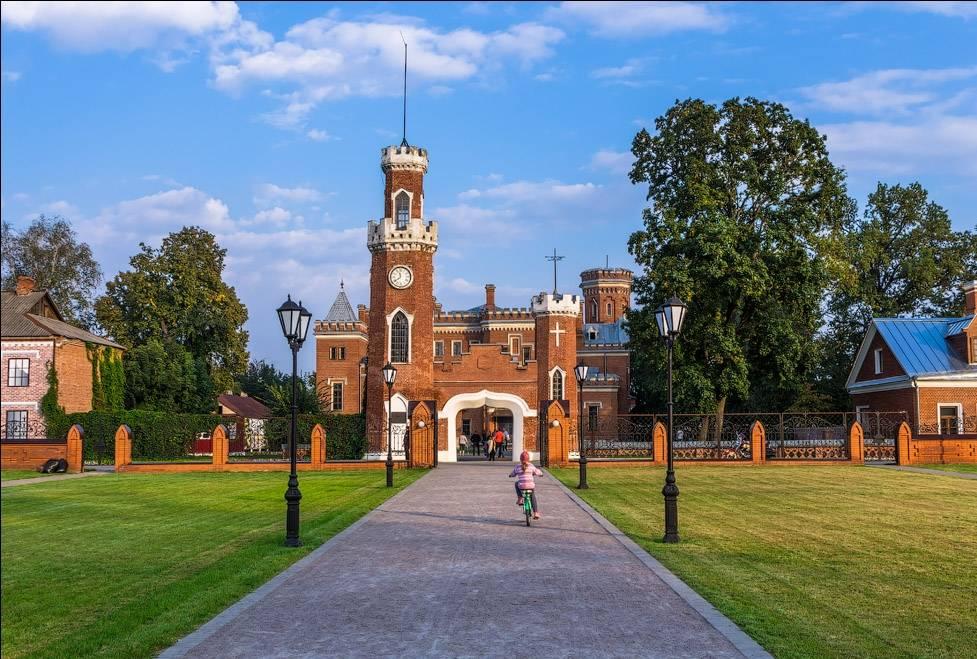 Замок принцессы Ольденбургской Рамонь в Воронеже фото