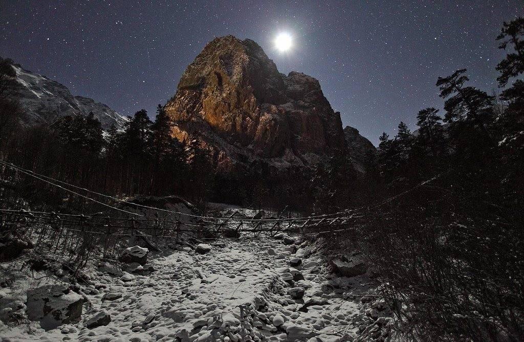 Фото Цейское ущелье гора монах