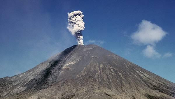 Вулкан Карымский Камчатка фото