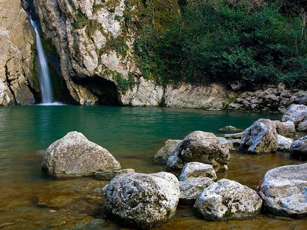 Фото Агурские водопады Сочи
