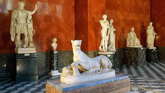Залы с древнеримскими скульптурами Эрмитаж фото