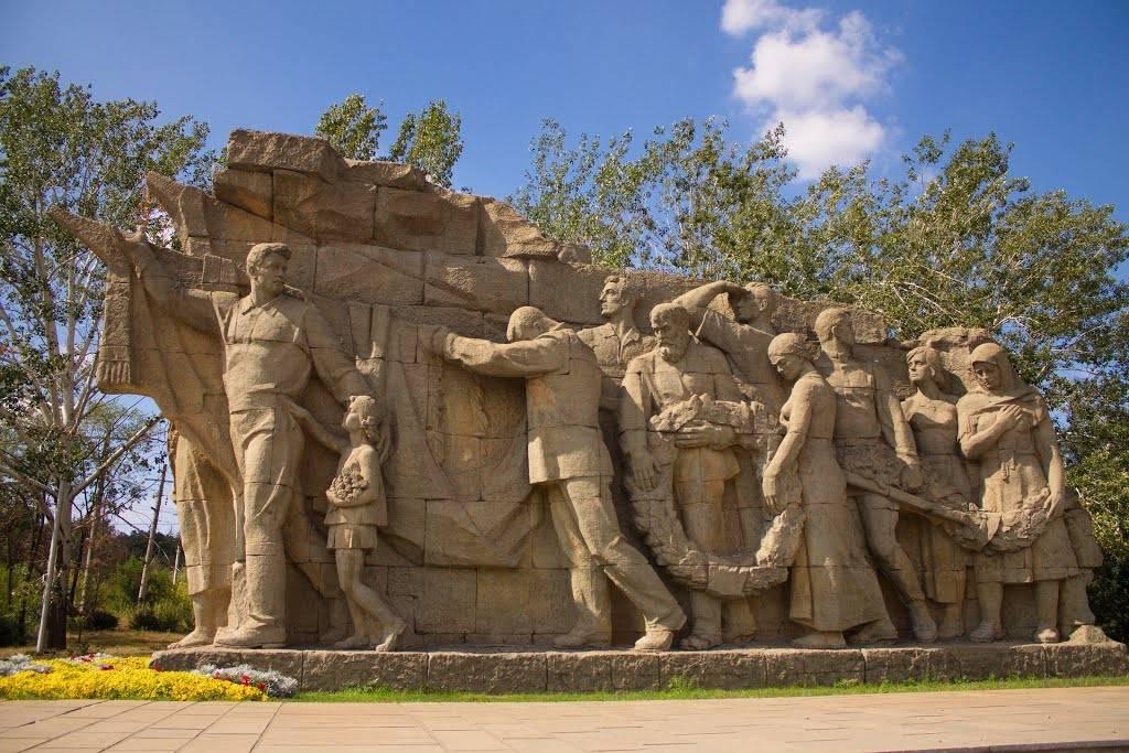 Композиция «Память поколений» на Мамаевом кургане