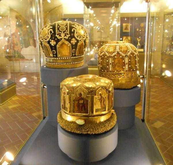 Экспонаты Грановитой палаты